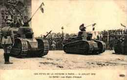 Fêtes De La Victoire à Paris 1919 - Le Défilé, Les Chars D'assaut - Matériel