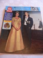 POINT DE VUE IMAGES DU MONDE N° 1059 Du 25 Oct 1968  (  Chez Les BOURBON PARME ) - People