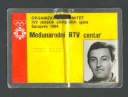 OLYMPIC SARAJEVO´84 , The Official Card Of The Organising Committee INTERNATIONAL RTV CENTER - Apparel, Souvenirs & Other