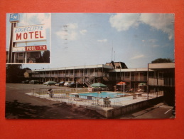 27465 PC : CANADA: ONTARIO: Niagra Falls - Edgecliffe Motel, Queen Street At River Road. (Postmark 1968). - Chutes Du Niagara