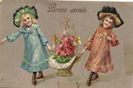 Illustrateur Fillettes Corbeille De Fleurs Bonne Année Gauffrée   Recto Verso Timbre - Scene & Paesaggi