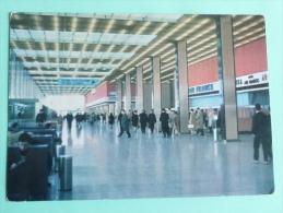 Aéroport De PARIS ORLY - Le HALL - Aéroports De Paris