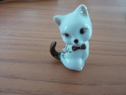 Chat En Porcelaine (hauteur 4 Cm) - No Firmada