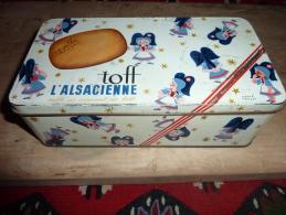 Ancienne Boite TOFF L'Alsacienne,decor HERVE MORVAN - Koffer