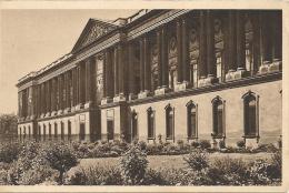PARIS.....EN FLANANT - 75 -  La Colonnade Du Palais Du Louvre  - 160913 - Louvre