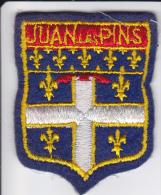ECUSSON TISSU BRODE JUAN LES PINS  BLASON ARMES HERALDIQUE - Blazoenen (textiel)