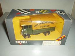 CORGI CLASSICS C897/9 AEC 508 TRUCK INTERNATIONAL STORES - Corgi Toys