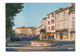 43.- CRAPONNE -sur-ARZON.  Faubourg Constant.    Fontaine, Quincaillerie - Craponne Sur Arzon
