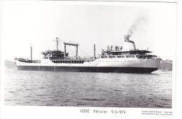 Batiment Militaire Marine Nationale Isere Petrolier Ravitailleur 9-5-1974- Poupe A 675  Avec Equipage  Marius Bar - Guerra