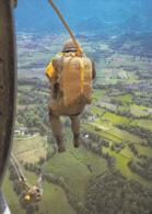 CPSM PARACHUTISME PARACHUTISTE PARACHUTE SORTIE TRANSALL - Paracadutismo