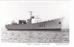 Batiment Militaire Aunis Marine Nationale A 643  Ravitailleur 26-10-1973 Proue Avec Equipage  Marius Bar - Unclassified