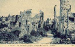 REIMS, 51 : Guerre 14-18 - Rue Des Erois-Raismets Et Angle Rue Des Cordeliers - Guerre 1914-18