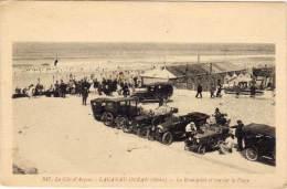 LACANAU-OCEAN - Le Rond Point Et Vue Sur La Plage (Autos)      (60734) - France
