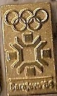 Olympic Pin -SARAJEVO 1984 XIV WINTER OLYMPIC GAMES, Pin Badge - Vintage Lapel Pin Sarajevo ´84-gold - Olympic Games