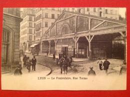 Cpa 69 LYON Funiculaire Rue Terme Sur Les Pentes De La Croix Rousse - Lyon