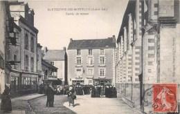 SAINT-ETIENNE-DE-MONTLUC SORTIE DE MESSE 44 - Saint Etienne De Montluc