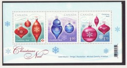 2010  Christmas Issue Souvenir Sheet   Sc 2411  MNH - Unused Stamps