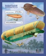 m13118b Mozambique 2013 Dirigible Zeppelins s/s