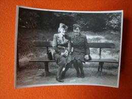 37. Soldatenfoto/ 2. Weltkrieg,  Bitte Anschauen, Nachrichtenmelderin.! Größe Ca. 9,2 Cm X 6,7 Cm ! - 1939-45