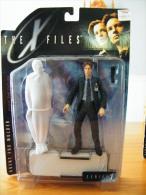 The X-Files  Figurines Agent Fox Mulder Serie 1 De McFarlane Toys - Episode II