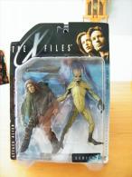 The X-Files  Figurines Attack Alien Serie 1 De McFarlane Toys - Episode II
