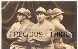 SURREALISME GUERRE 14 18 CARTE PHOTO MILITAIRE EFFET D OPTIQUE CLONE. GAULARD PHOTO - Oorlog 1914-18