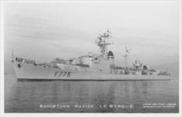 Escorteur Rapide LE BASQUE (Marine Nationale) - Carte Photo éd. Marius Bar - Bateau/ship/schiff - Oorlog