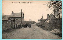 80 MACHIEL. La Route De Rue. Animée - France