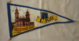 """FANION  """"vintage""""  : LUGO - Catheral  (Espagne) - Autres Collections"""