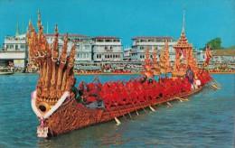 C1960 BANGKOK  THE NAKARAJ BARGE IN A PROCESSION - Thaïlande