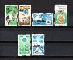 Egipto   1983  .-  Y&T Nº   1213 - 1214 - 1215/1218    ( C/charniere ) - Egitto