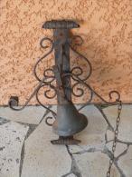 Jolie Cloche De Porte, En Bronze Et Fer Forgé - Cloches