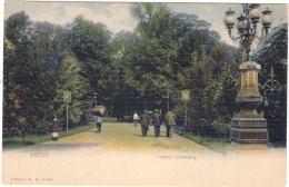 Breda   Ingang Valkenberg  Met Oa. Man Met Zware Lading Op Zijn Rug  1900 - Breda