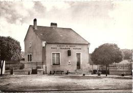France Postcard - Planchez (Nievre) - La Poste   DD846 - Chateau Chinon
