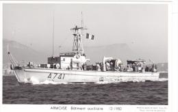 Batiment Militaire Marine Nationale  A 741 Armoise Batiment Auxiliaire 12-1980 Proue    Equipage  Marius Bar - Guerre