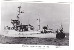 Batiment Militaire Marine Nationale M 671 Camelia Dragueur Cotier 7-9-1972 Poupe Equipage  Marius Bar - Guerre