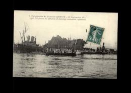 BATEAUX - ECHOUAGES - Catastrophe Du LIBERTE - - Barche