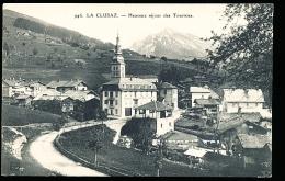 74 LA CLUSAZ / Heureux Séjour Des Touristes / - La Clusaz