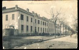 74 FAVERGES / Les Ecoles Primaires / - Faverges