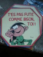 GASTON LAGAFFE  AUTOCOLLANT GASTON T'ES PAS FUTE COMME BISON !   FRANQUIN - Gaston