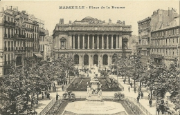 Marseille - Place De La Bourse Postcard Unused - Bolsas Y Salón Para Coleccionistas