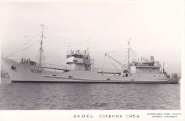 Bateau Marine Nationale Militaire A 638 Citerne Sahel Année Debut 1954  Marius Bar Equipage - Guerre