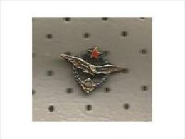AIR FORCES  /  YUGOSLAVIA ,   AIR FORCE - JNA  (YUGOSLAV PEOPLES ARMY)   , Rare Pin - Parachutting
