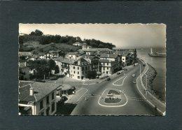 CIBOURE  ENTREE DU PORT  /  CIRC  NON  1950 - France