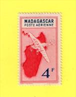 ,,, MADAGASCAR ,, **  4 F. . ** POSTE AERIENNE  ,, NEUF SANS TRACE DE CHARNIERE ,, TBE - Madagascar (1960-...)