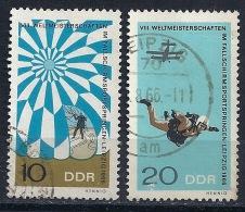 RDA-Championnats Du Monde De Parachutisme YT 886+888 Obl. / DDR-WM Fallschirmspringen MiNr.1193+1195 Gest. - [6] République Démocratique