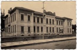 LONATE POZZOLO - PALAZZO SCOLASTICO - VARESE - 1953 - SCUOLA - FOTO DEL VENTENNIO FASCISTA - Formato Piccolo - Varese