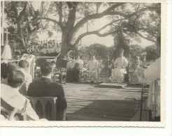 ALTAS AUTORIDADES DE PARAGUAY CIRCA 1950  EN UNA MISA     OHL - Famous People