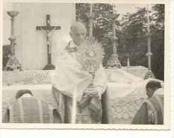 ALTAS AUTORIDADES DE PARAGUAY CIRCA 1950  EN UNA MISA     OHL - Personalidades Famosas