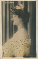 FEMMES - FRAU - LADY - Jolie Carte Fantaisie Portrait Femme Artiste - SAINT AIGNAN - Donne